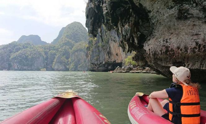 Canoe to Lot Cave, Thailand